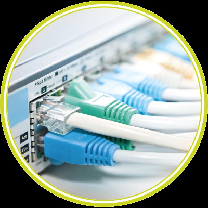 Interconnexion de sites VPN IP MPLS